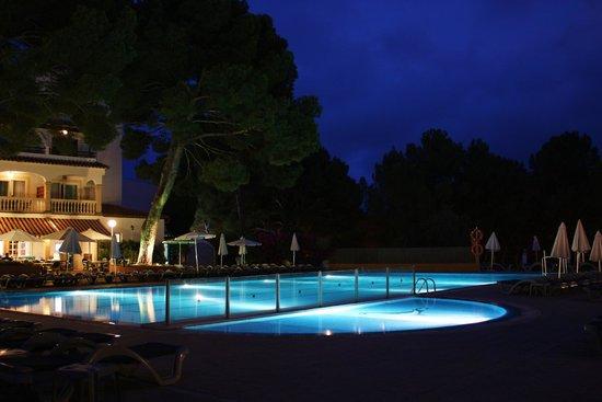 Beach Club Font de Sa Cala : zwembad