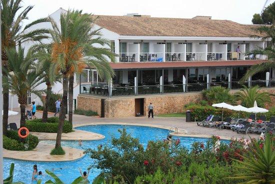 Beach Club Font de Sa Cala : uitzicht kamer