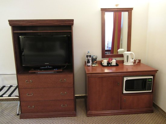 Hotel Grand Chancellor Adelaide on Currie: Amenities even include a microwave