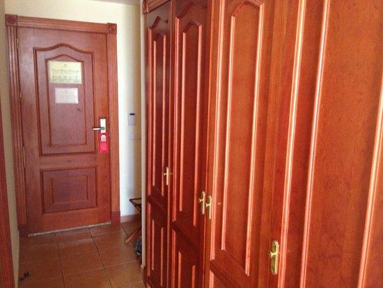 Sunlight Bahia Principe Tenerife: Room