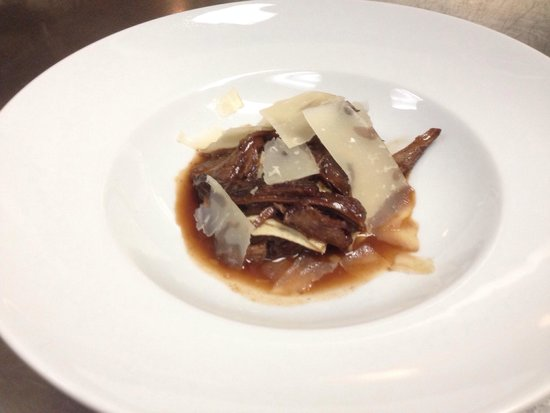 Ariel Restaurante: Veal Osso Bucco Ragout with fresh Pappardelle