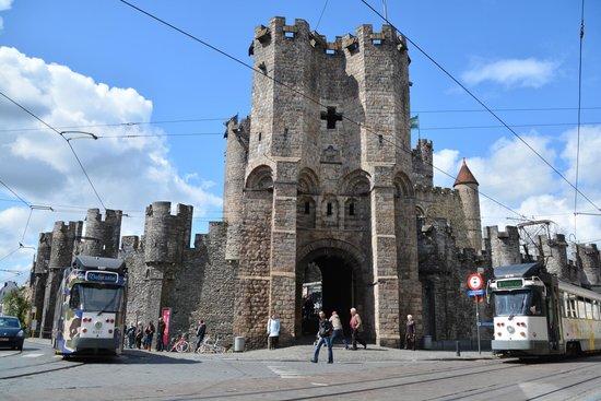 Castillo de Gravensteen: The Stronghold