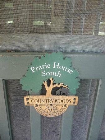 Country Woods Inn : Prairie house