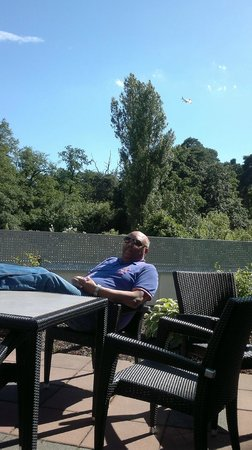 Sheraton Frankfurt Congress Hotel: Enjoying the Sun