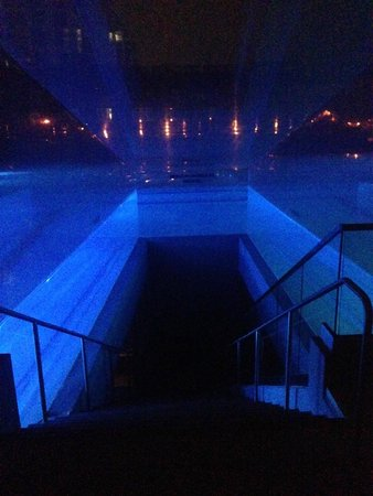 W Fort Lauderdale: The Pool Stairway at Night