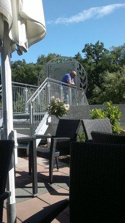 Sheraton Frankfurt Congress Hotel: Back yard