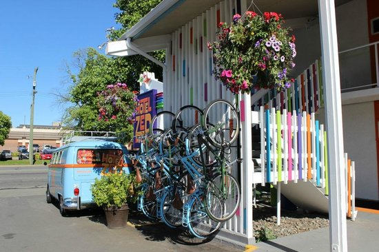 Hotel Zed: Bike rack, vibrant colors and VW van!