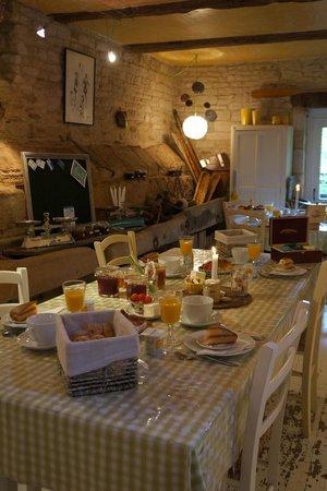 La Malposte: 5 star breakfast