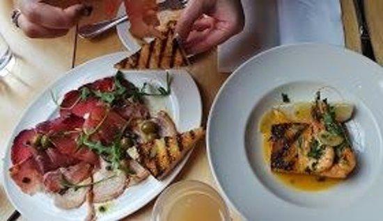 San Lorenzo's: Anti pasti and prawns from the set lunch menu. Both delish!