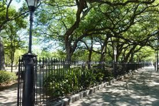 R&B Bed and Breakfast: Washington Square Park - accross the street from us