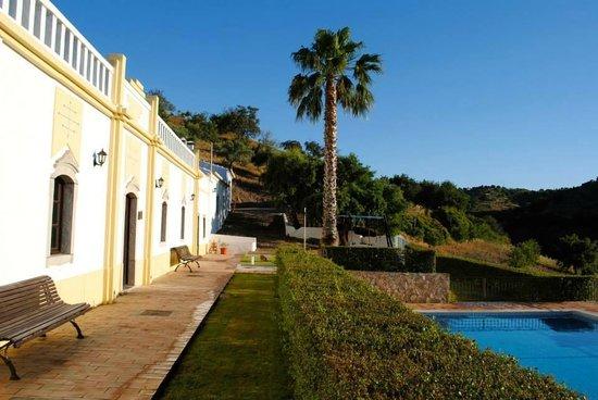 Herdade da Corte : villa et piscine