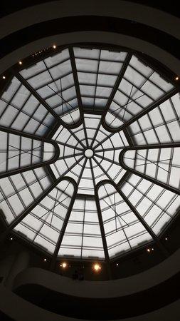 Solomon R. Guggenheim Museum: Vista do teto