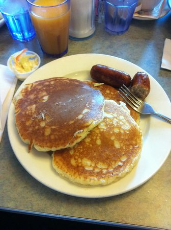Court Square Diner: puncakes and sausage