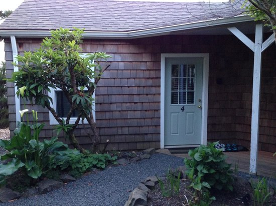 The Inn at Arch Cape : Outside Unit 4