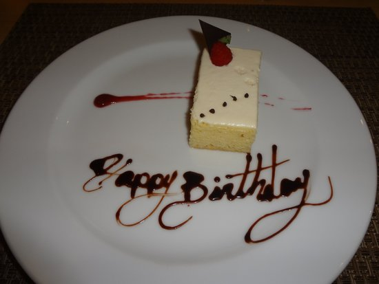 Live Aqua Beach Resort Cancun: Dinner Birthday Cake