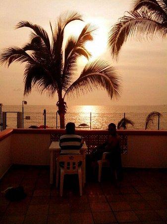 bonita tarde en hotel el pescador