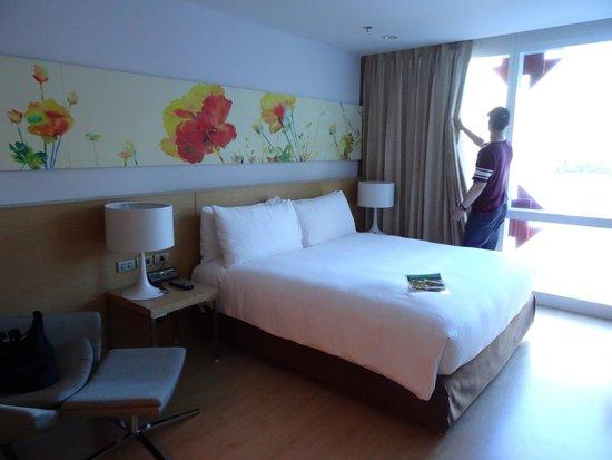 GLOW Pratunam: Beautiful room