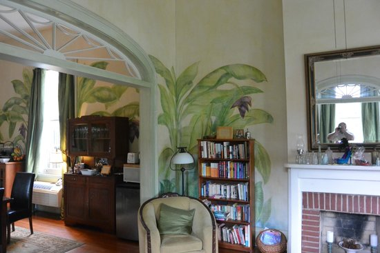 Auld Sweet Olive Bed and Breakfast : dining room