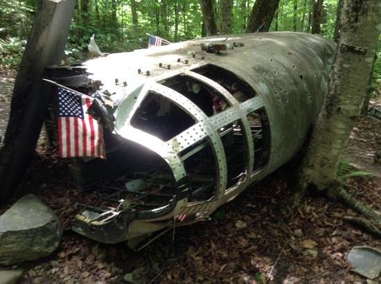 Moosehead Lake: 1963 B52 Bomber crash site...Rest in Peace for 7 of our dedicated airmen.