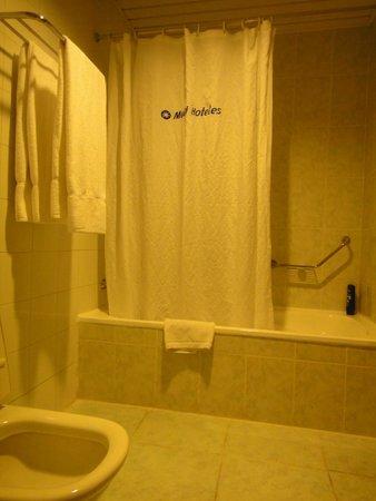 Tryp Habana Libre: Baño