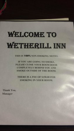 Wetherill Inn: Ominous smoking warning - but NO carpet fresh warning