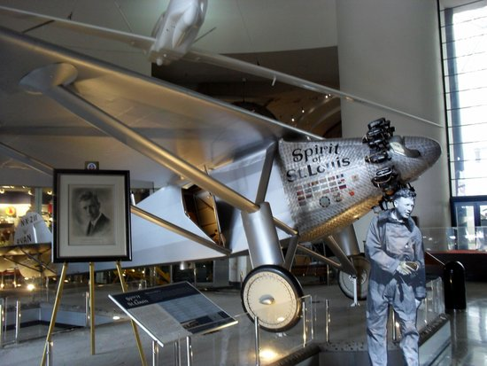 San Diego Air & Space Museum: Lucky Lindy and the Spirit of St. Louis
