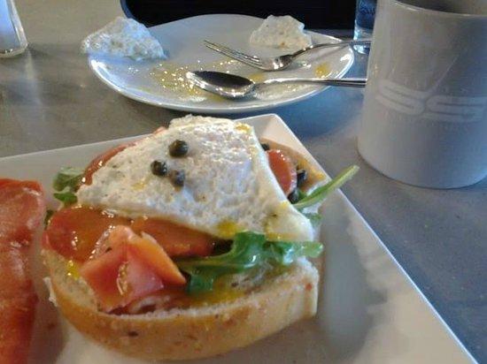 Tally's Silver Spoon: Breakfast