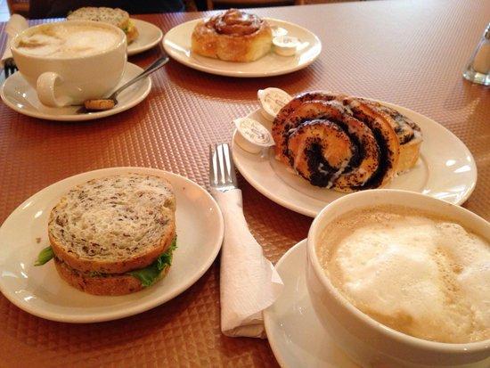 Tripke Bakery & Cafe: Kanapki i drożdżówki