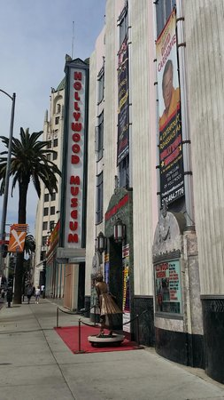 The Hollywood Museum: outside