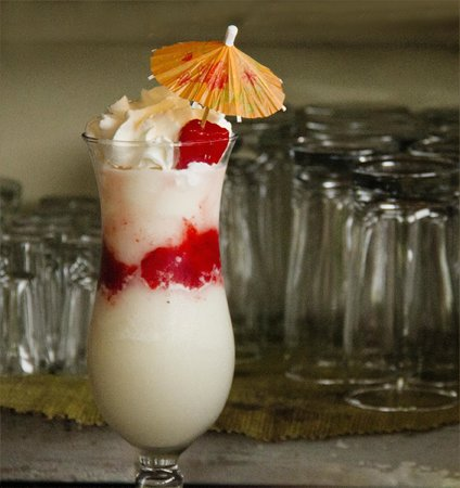 Black Orchid Restaurant: cool, refreshing with fresh strawberries