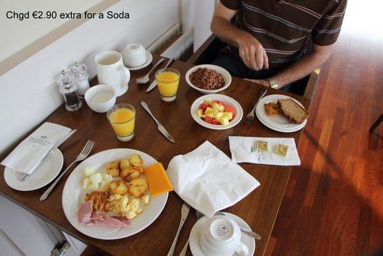 Dingle Skellig Hotel: Breakfast
