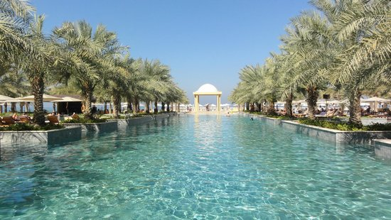 Hilton Ras Al Khaimah Resort & Spa: The Pool