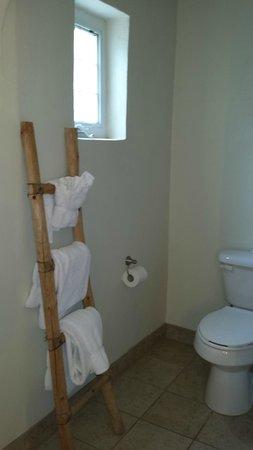 El Pueblo Lodge: Nice towel rack!