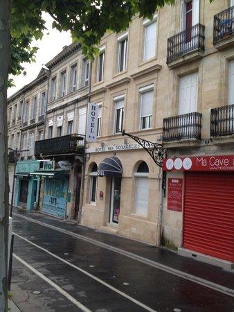 Hotel Des Voyageurs: The Hotel