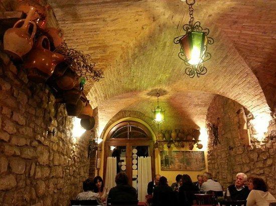 Ristorante da Cecco: Interior do restaurante