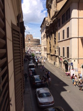 Apartments Apart : View of Castel San Angelo from the apt