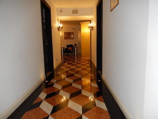 Hotel Villa & Palazzo Aminta: Great tile work