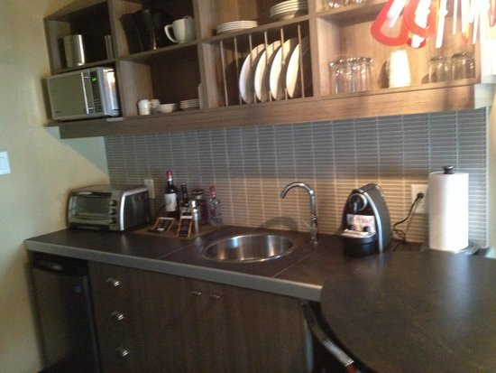 Esterel Resort : kitchen area