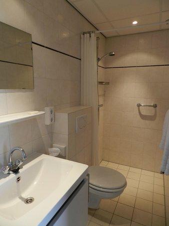 Hotel de Koningshof Noordwijk: Room 8 Bathroom