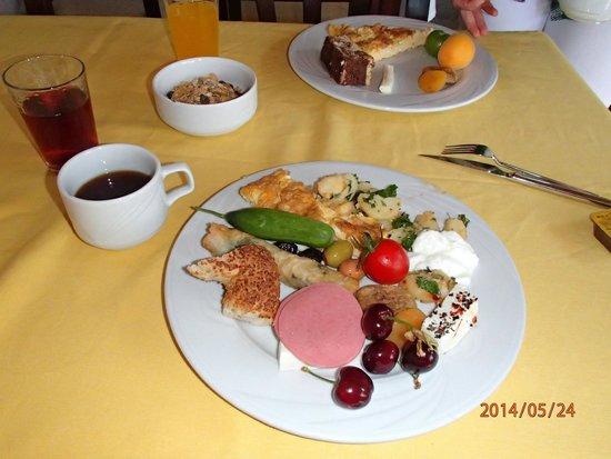 Hotel Tulip House: Breakfast