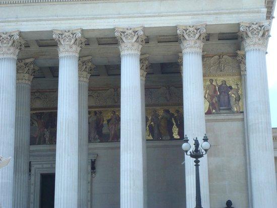 Vienna City Tours: Detalhe da arquitetura e pinturas de época
