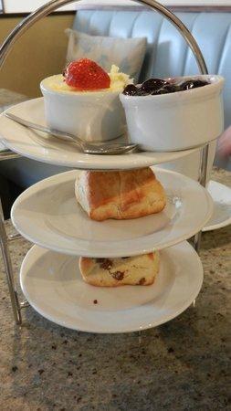 Huffkins: Cream Tea