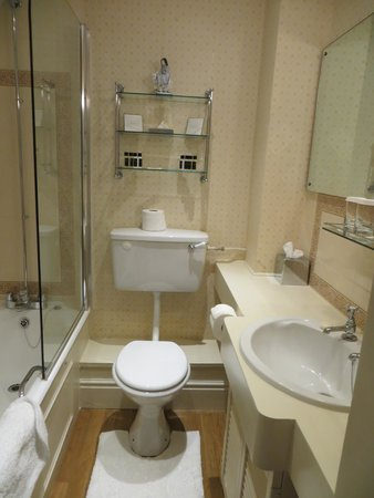 Middlethorpe Hall & Spa: bath