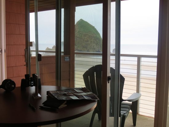 Hallmark Resort Cannon Beach: Inside View