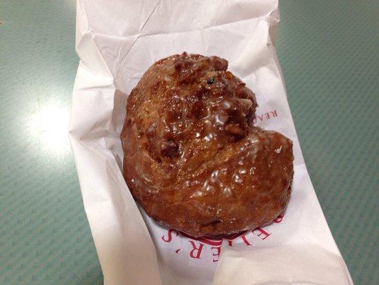 Beiler's Bakery: Apple Fritter