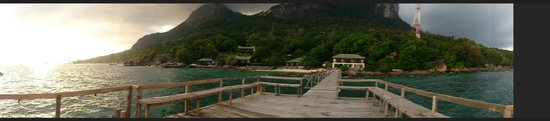 Minang Cove Resort: View from jetty