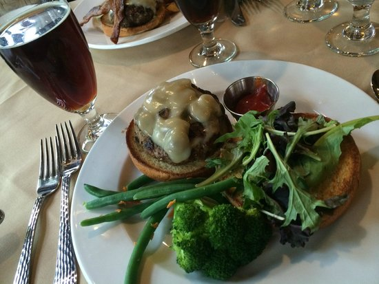 Russell's Fireside Dining Room at Lake McDonald Lodge: Bison burger (just like beef burger)