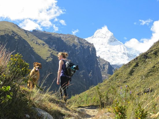 Llanganuco Mountain Lodge: Day hiking from the lodge with Zulu as our tour guide.