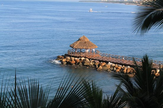 Crown Paradise Golden Resort Puerto Vallarta: Weddings happened here