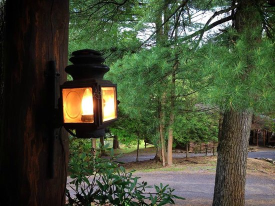 Gateway Lodge : front porch